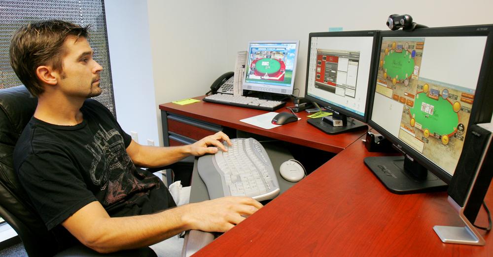 New Vision For Online Poker Players Blackjack Online Articles